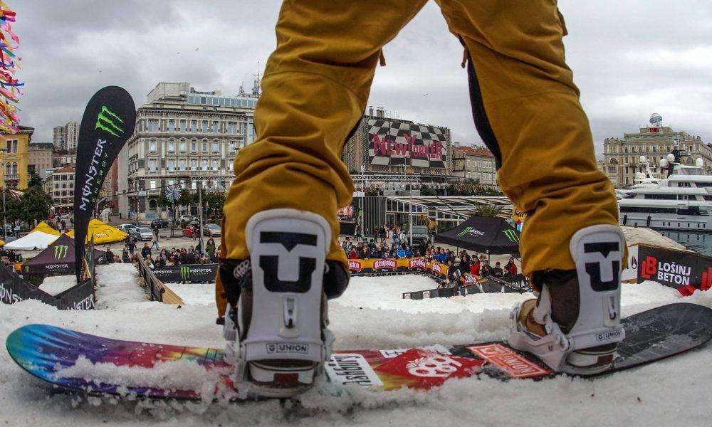 14 natjecatelja i tri natjecateljice te dječja staza na ovogodišnjem Carnival Snowboard Sessionu